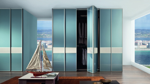 folding wardrobe bedroom doors. Floor to ceiling